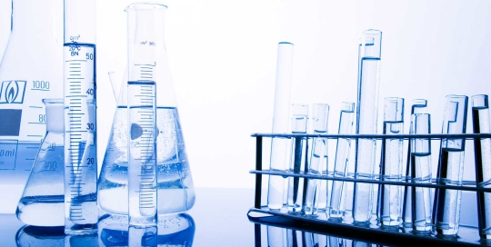 life_science_research-flasks_vials
